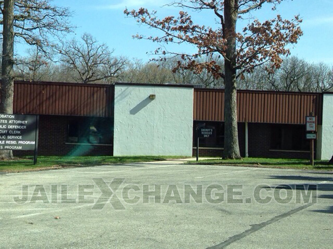 Lake County Juvenile Detention located in Vernon Hills IL (Illinois) 4